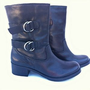 Arturo Chiang boots. New price. $55
